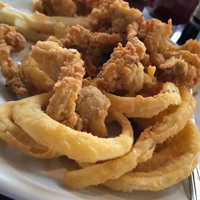 FRIED PLATTER AND ONION RINGS THE POINT.jpg