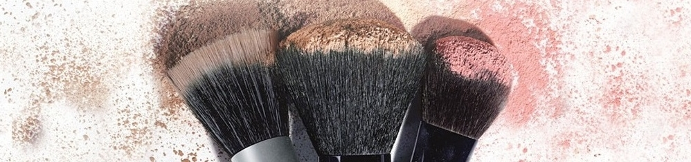 FacialCo_CategoryBanners_MakeUp_BrushAccessories_1.png