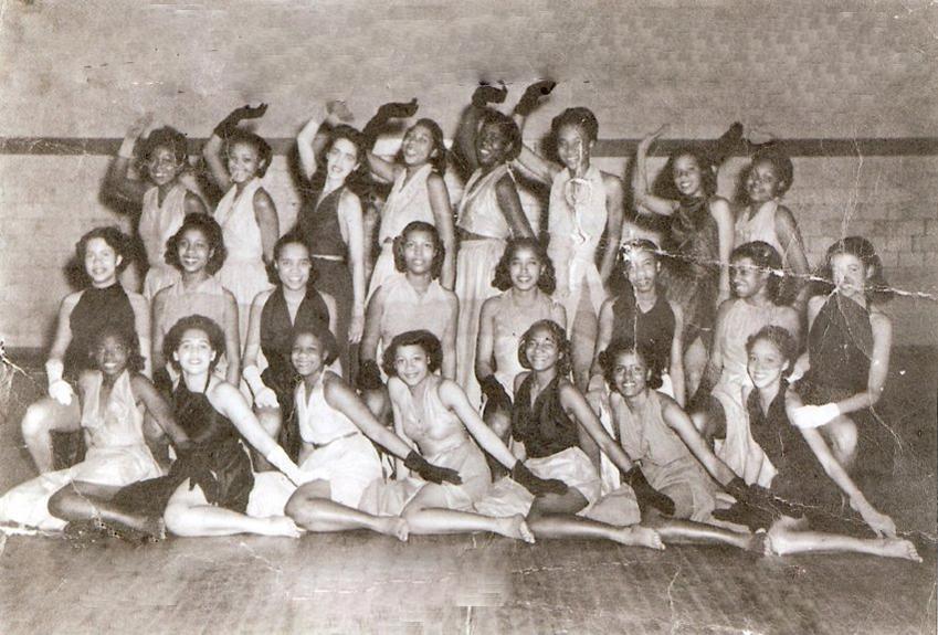 Dance Troupe, 1942