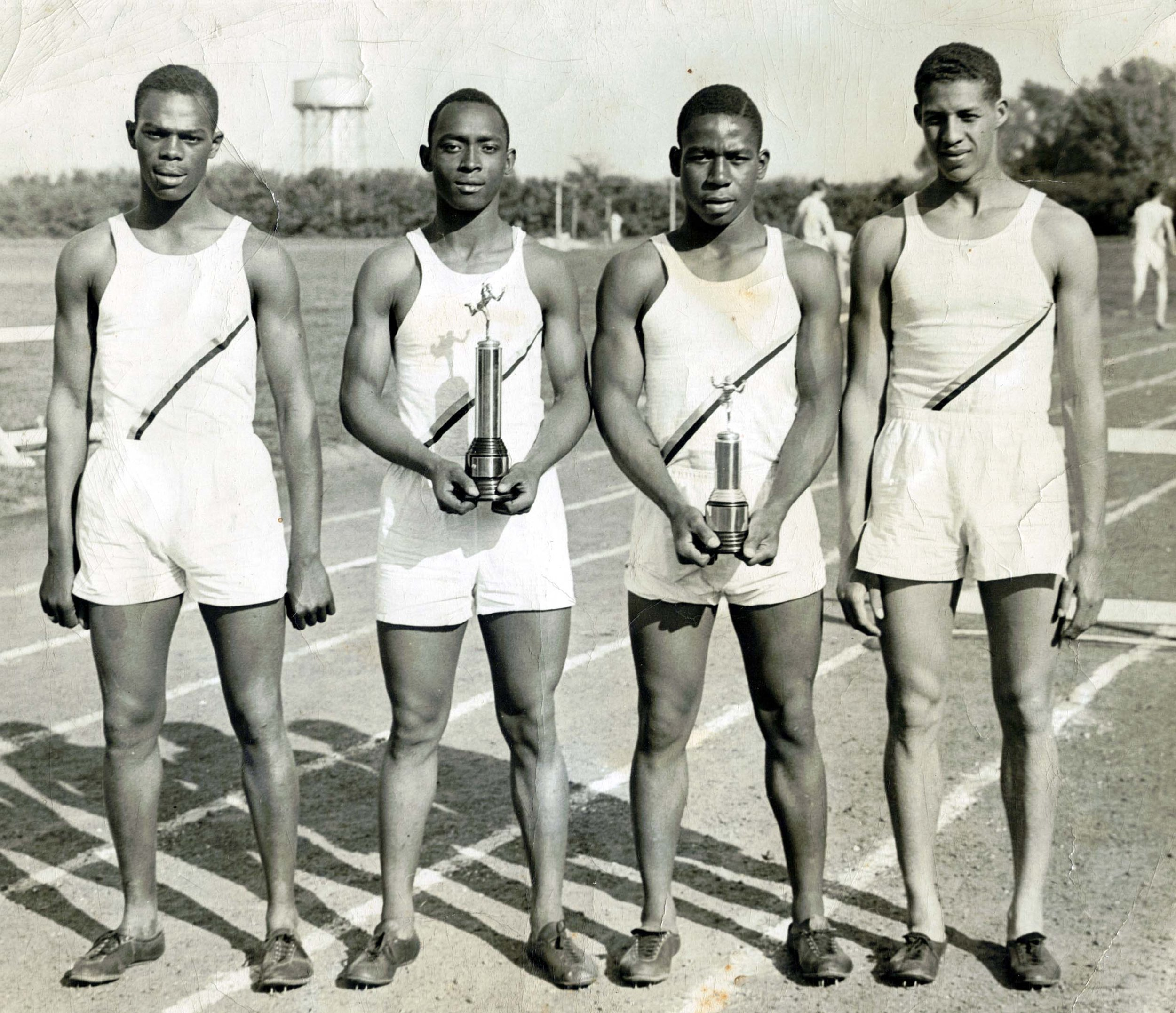 Track Team, 1942