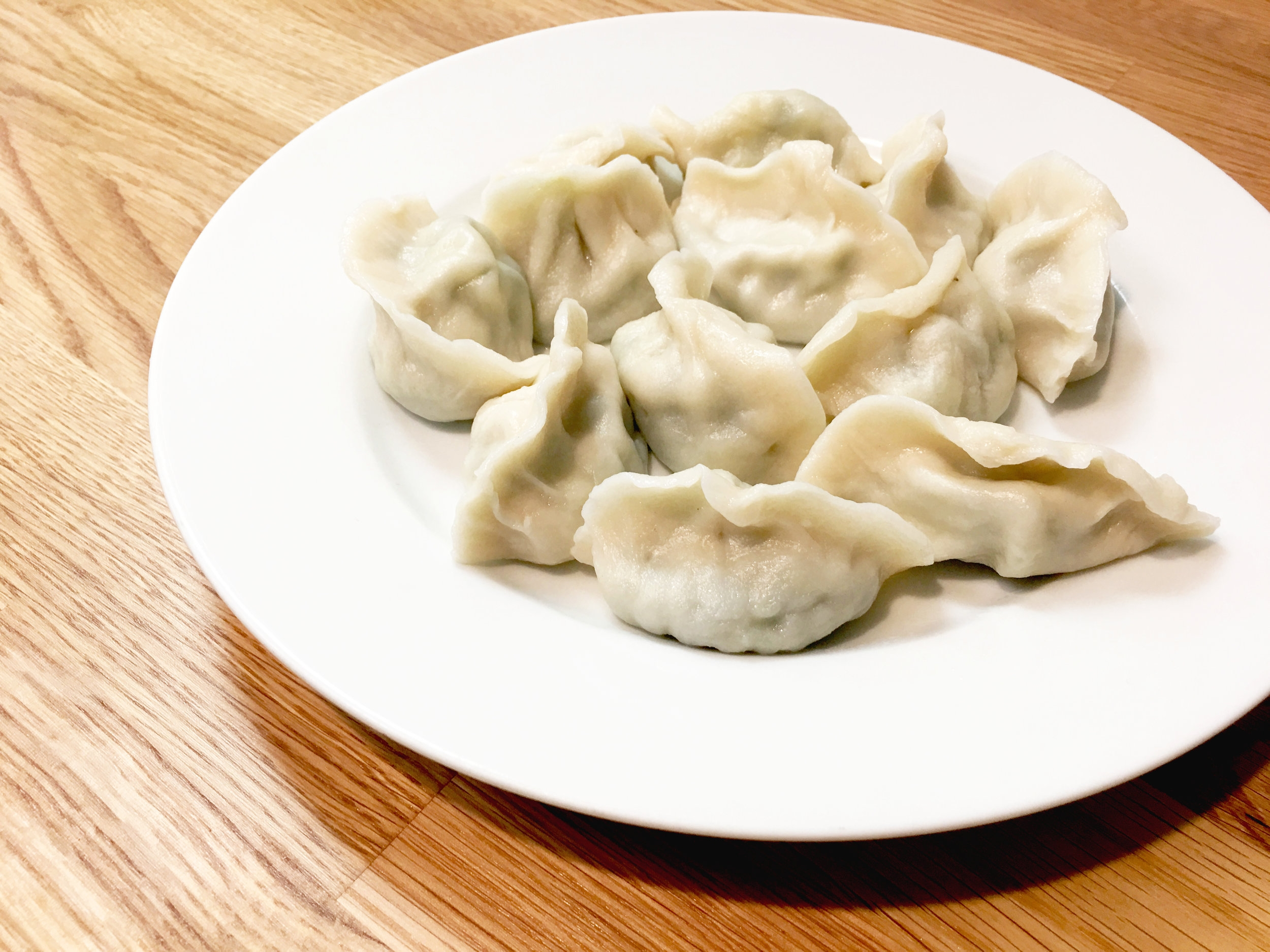 Mama's Dumplings   妈妈的饺子   Made from scratch right here in Mama's kitchen!