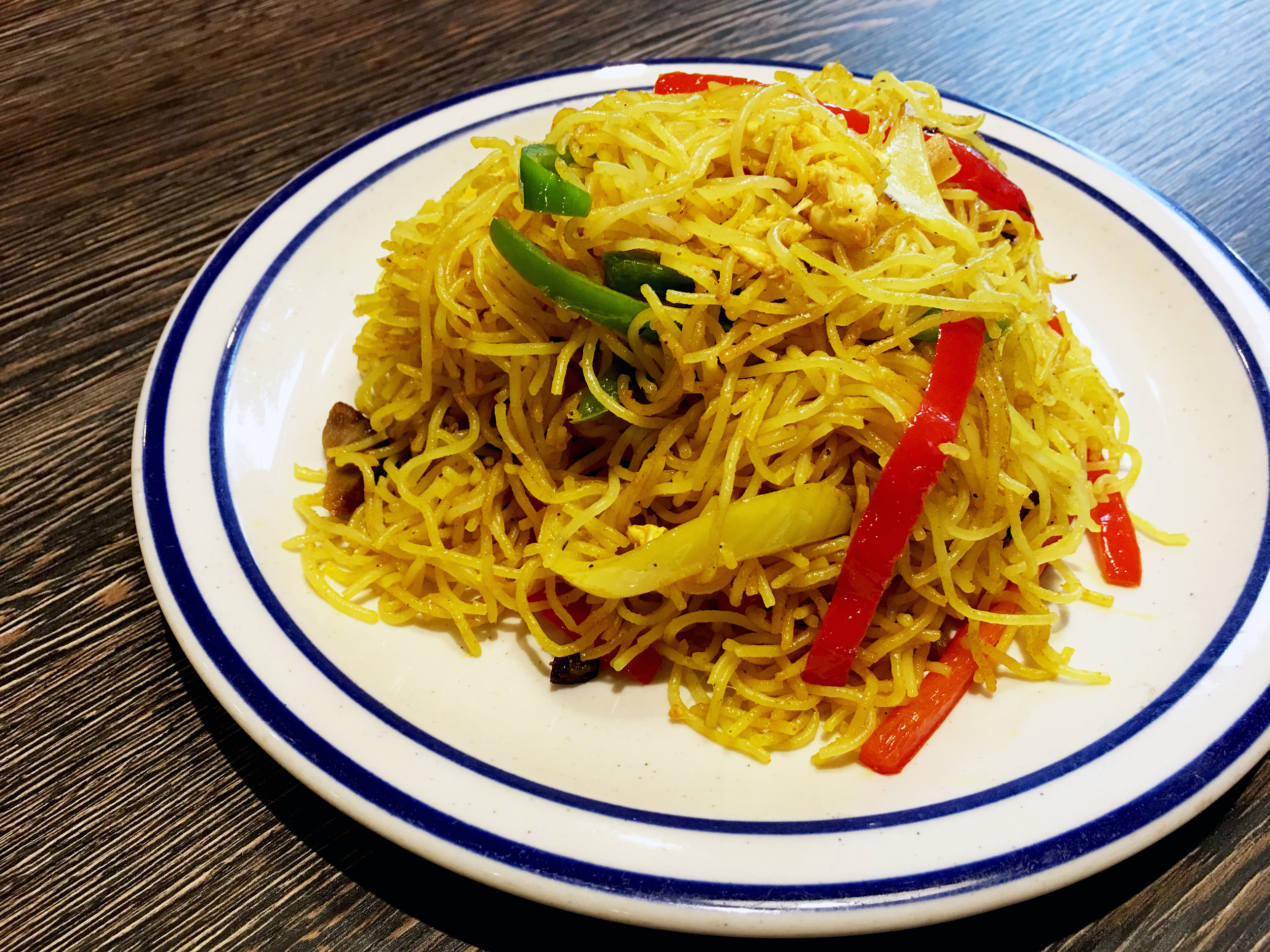 SINGAPORE-STYLE FRIED VERMICELLI | 星洲炒米粉