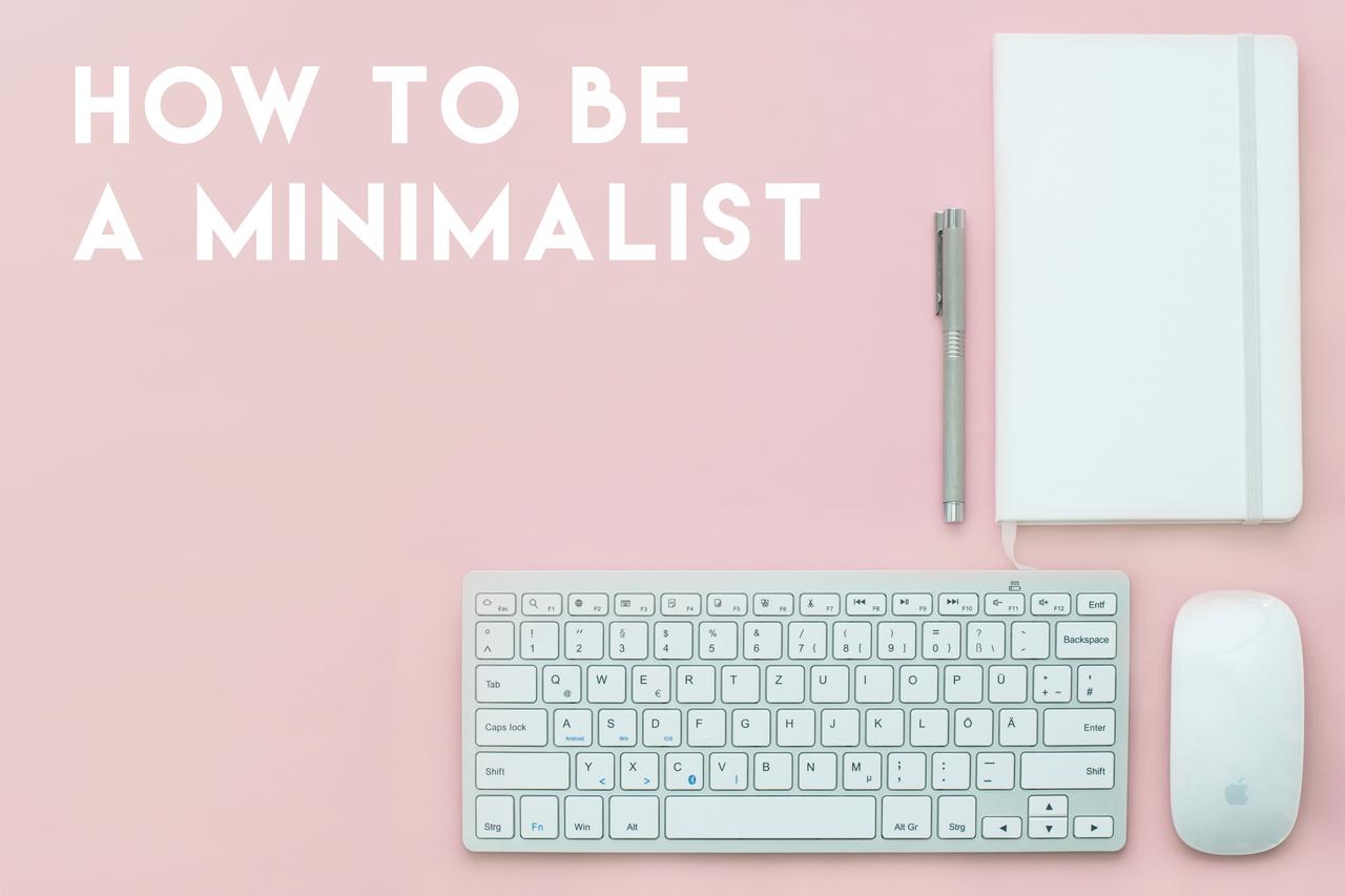 2017's minimalist design interpretation: light pink, sparse decoration, lots of Apple products.