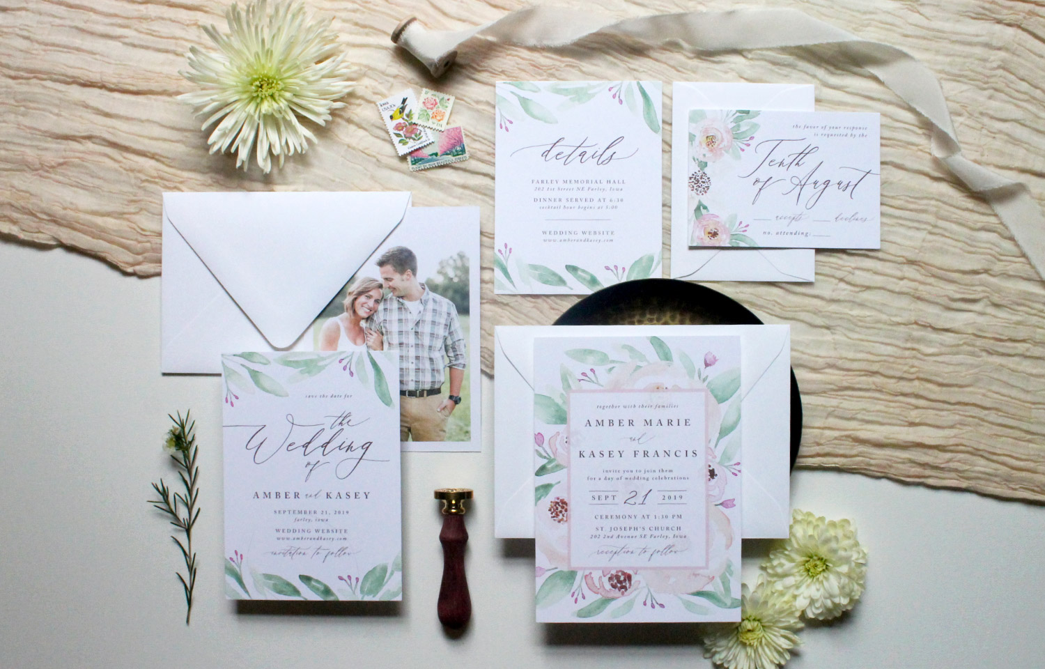 The-Amber-Invitation-Suite-by-Jackie-Mabe-of-Mabe-Design-Co.