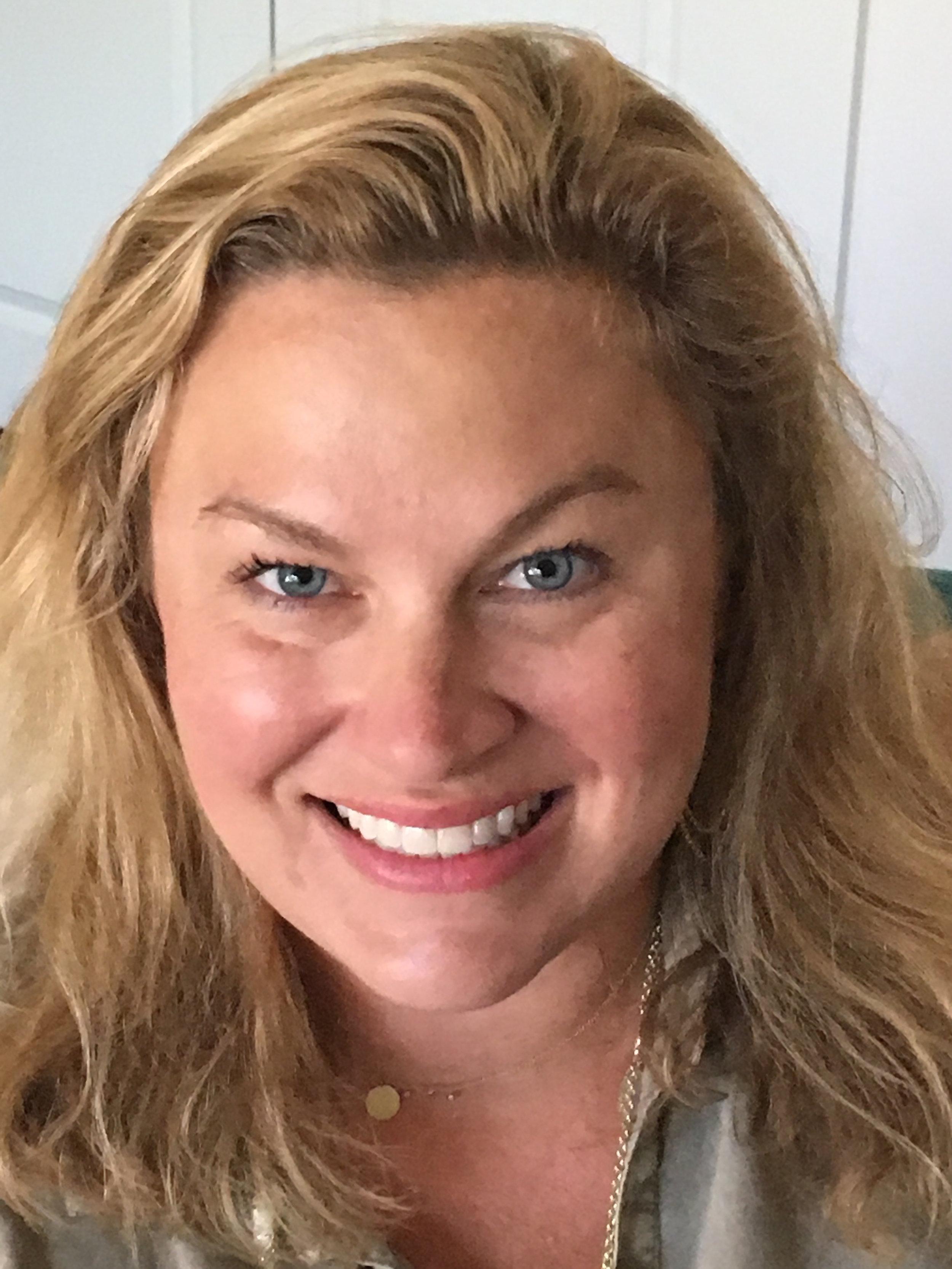 Amanda Watkins: Luxury Travel Agent