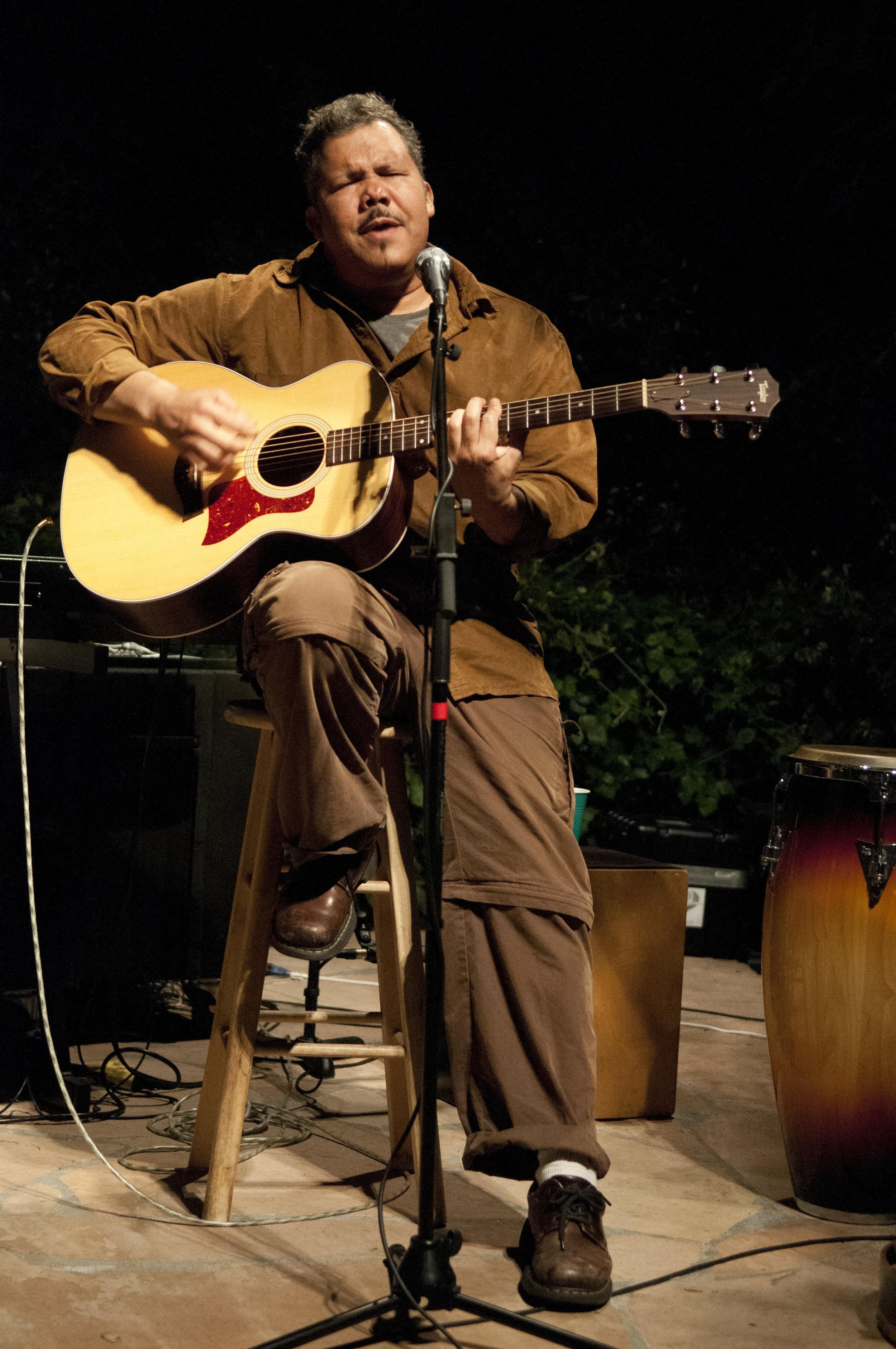 Carlos Olmeda brightens the Rancho Bohemia stage