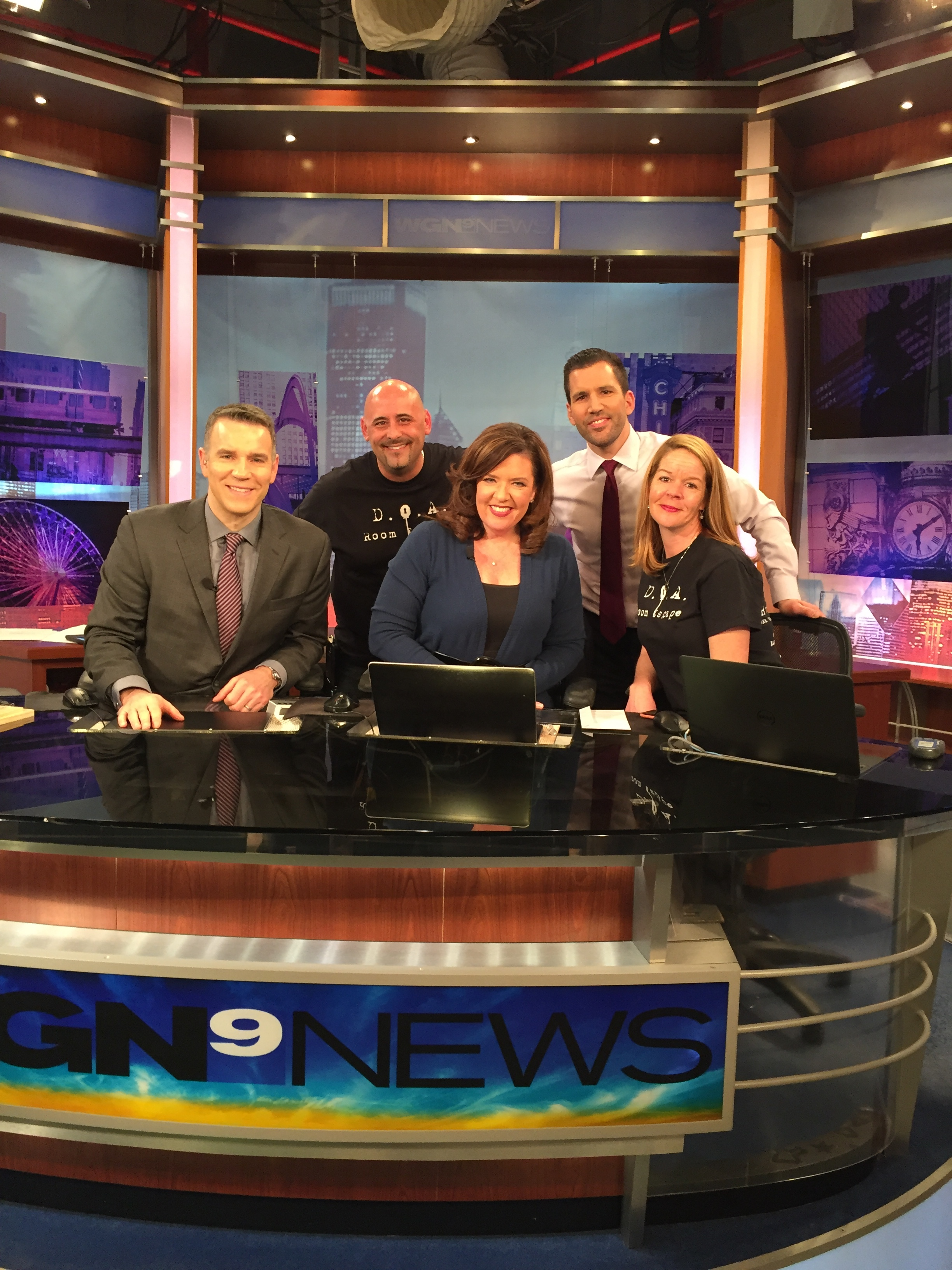 Larry Potash, Robin Baumgarten & Pat Tomasulo sit in as John & Kristin helm the WGN studio desk