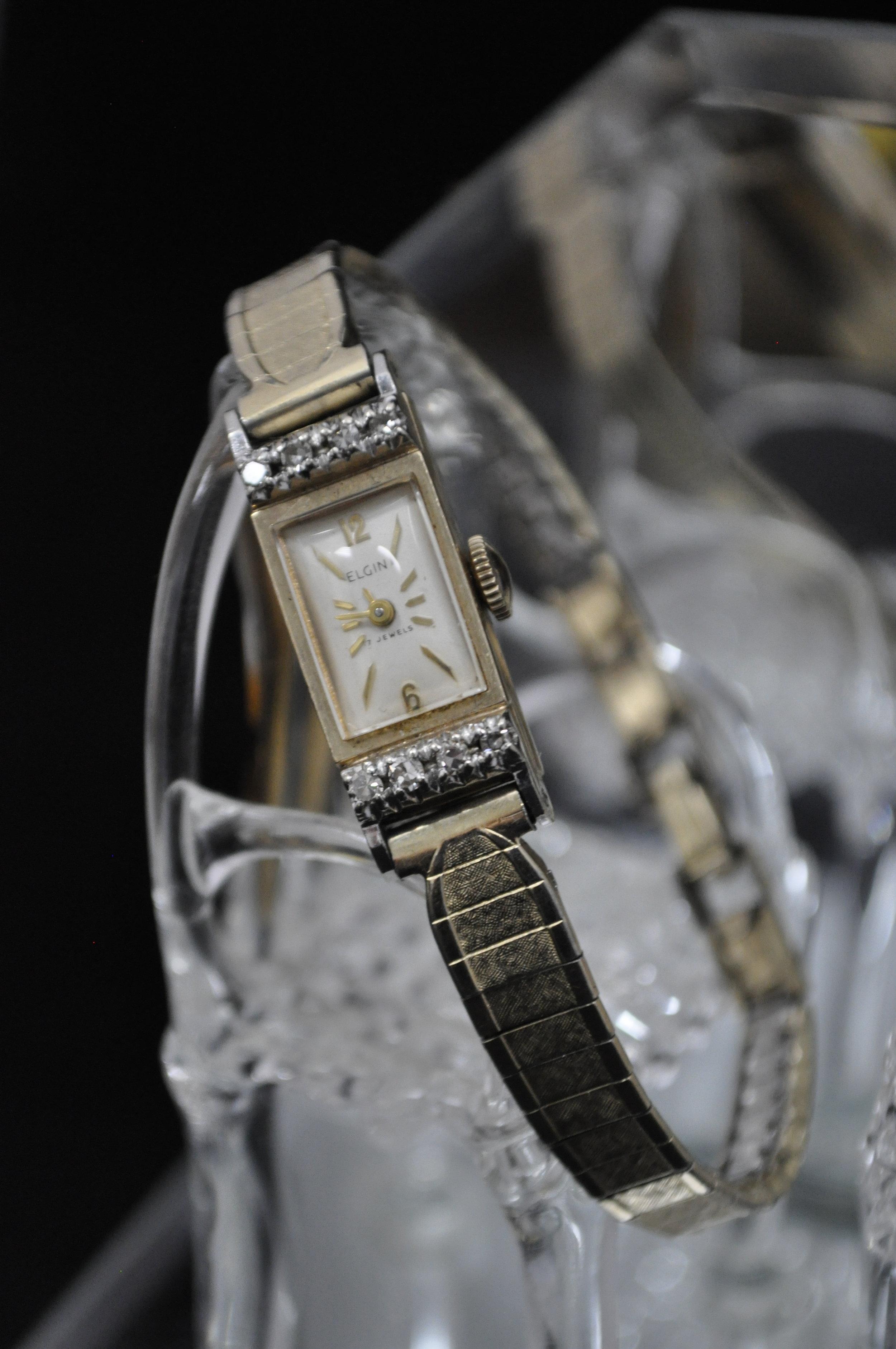 Elgin 17J 10K Womens gold watch