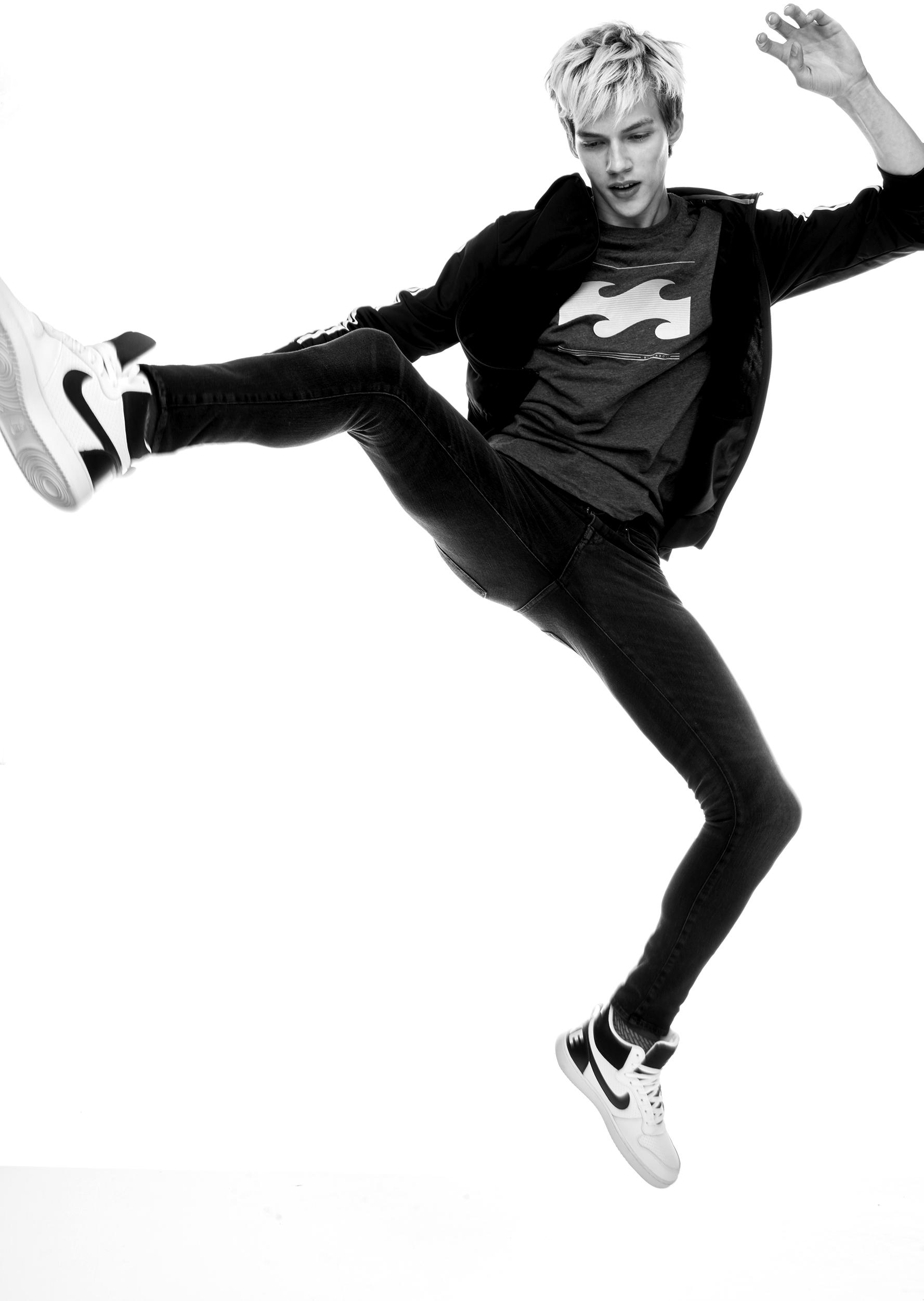 benji jump billabong low res.jpg