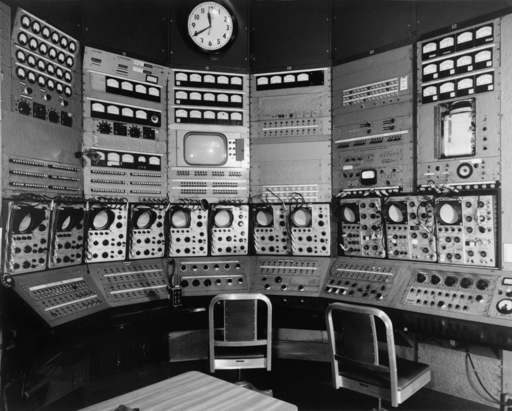 The control room of an early particle accelerator, circa 1960. photo: Everett Historical/shutterstoc