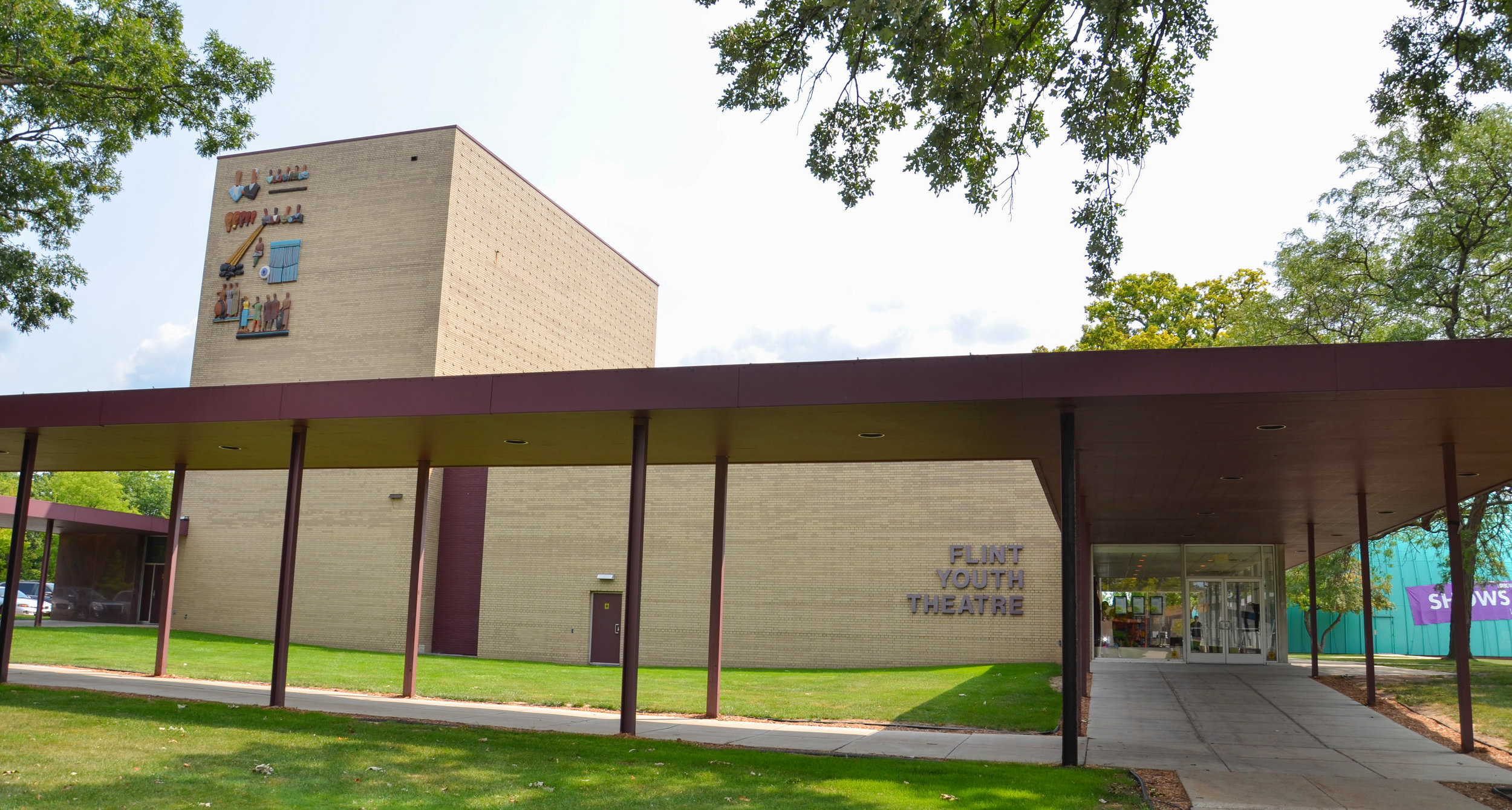 The Flint Youth Theatre, at the Flint Culture center. photo: Susan Montgomery/shutterstock