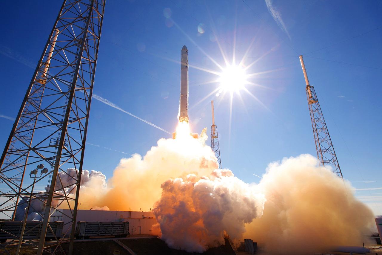 rocket-launch-693192_1280.jpg