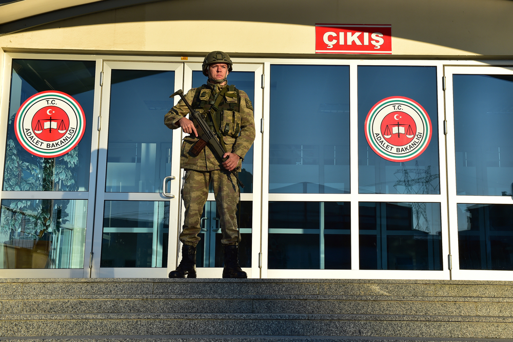 A soldier outside a courthouse in Turkey. Photo:  thomas koch /shutterstock