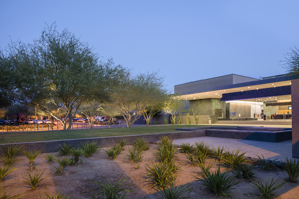 ACF provided an impact investment loan of $1,050,000 to the Phoenix Art Museum. BondRocketImages/shutterstock