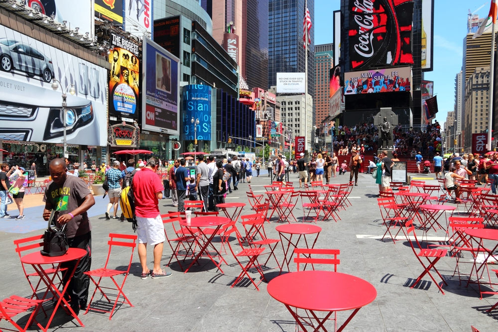 Outdoor seating in Times square's pedestrian mall. Tupungato/shutterstock