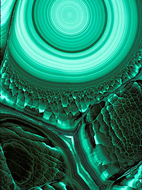 Malachite. credit June & Warren photos at pbase.com