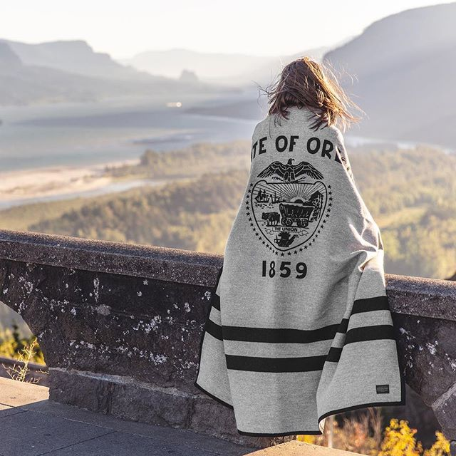 🌲HUGE 12 HOUR GIVEAWAY🌲 To celebrate Oregon's recent 160th birthday and spark joy in your ❤️, we've teamed up with @cascadiaexplored for a GIVEAWAY FOR THE AGES. Enter for a chance to win: - The Oregon Blanket, (a custom Pendleton blanket designed by @84east) - A 2 night stay at the Sentinel Hotel in Portland, OR (its sooooo dope)!!! - A 3-pack of Field Notes, Oregon Edition, by @draplin  To Enter: 1. Follow @84east @cascadiaexplored and @sentinelhotel 2. Tag 3 friends in the comments below and mention your favorite place in Oregon  Thats it!‪ ‪‪Ends Tues 3/12 @ 11:59p PST‬‬. Winner will be direct messaged! #giveaway
