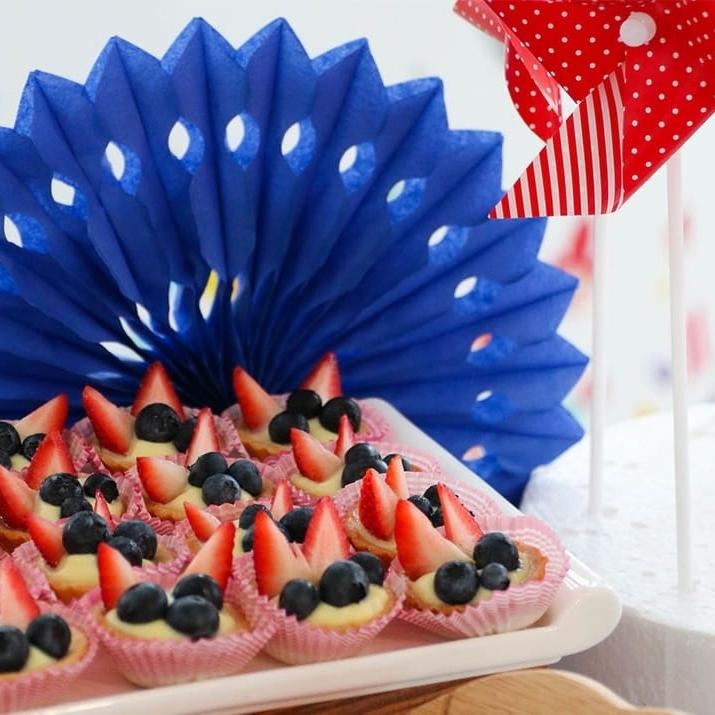 Dessert-Table-FlikFlak-Theme-Birthday-2-p-1080.jpeg