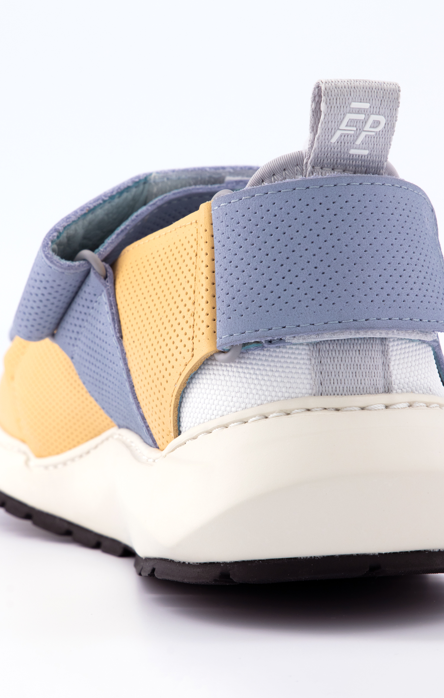 Fpieces-sandals-Detail-CR2-2.jpg
