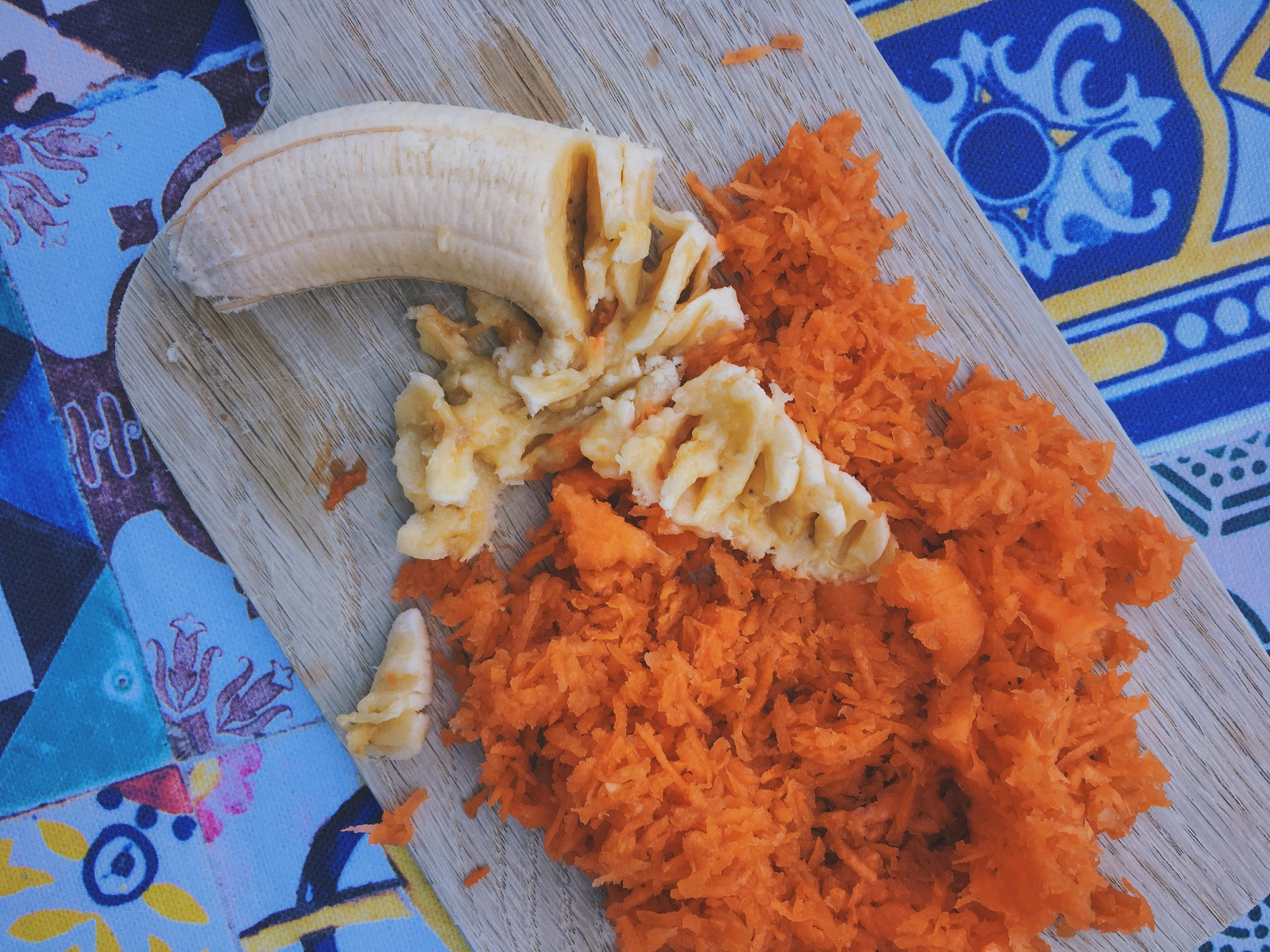 mashed banana and grated carrot