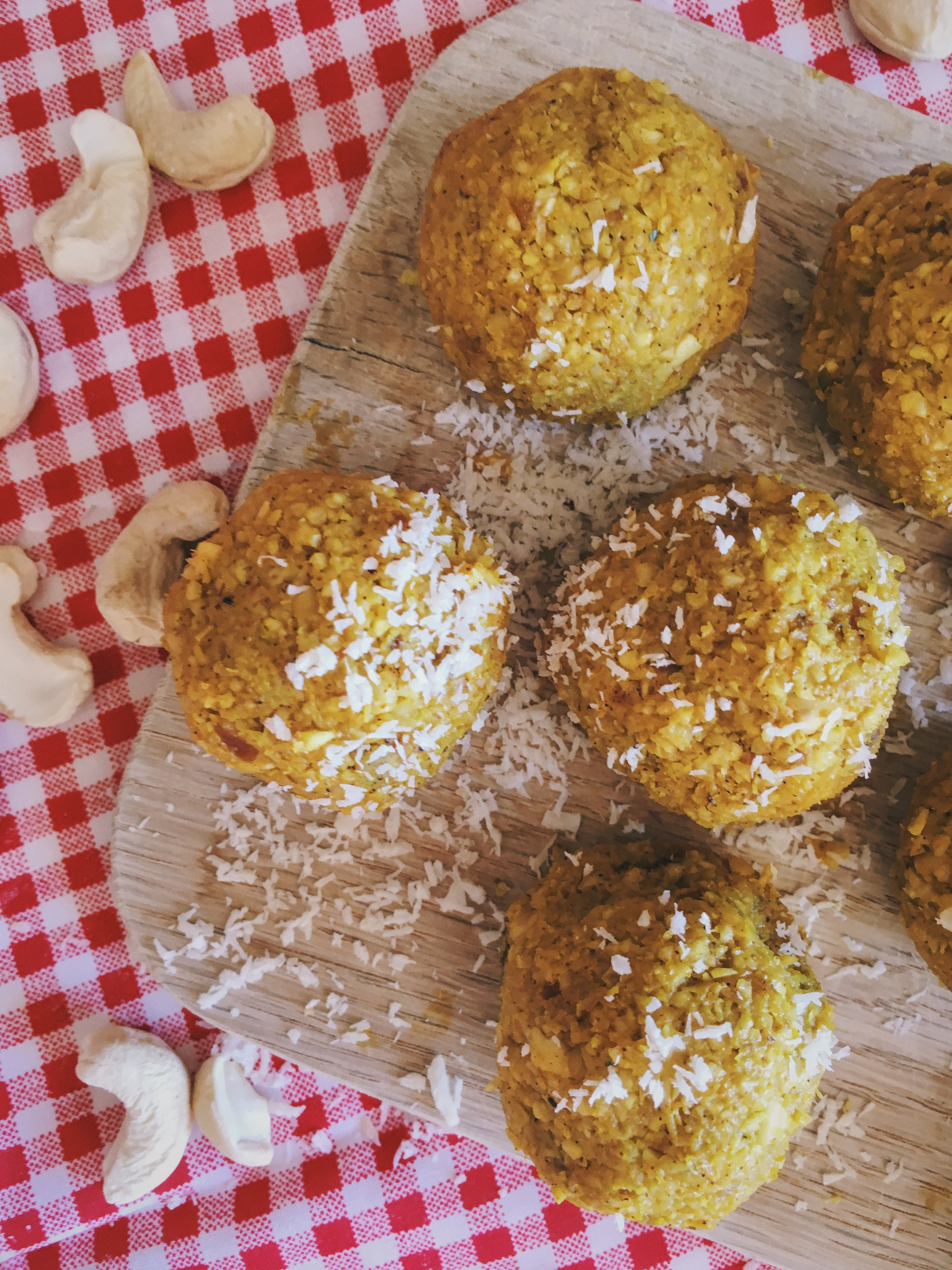 Lemon zest, cashew nuts and date balls and energy bites