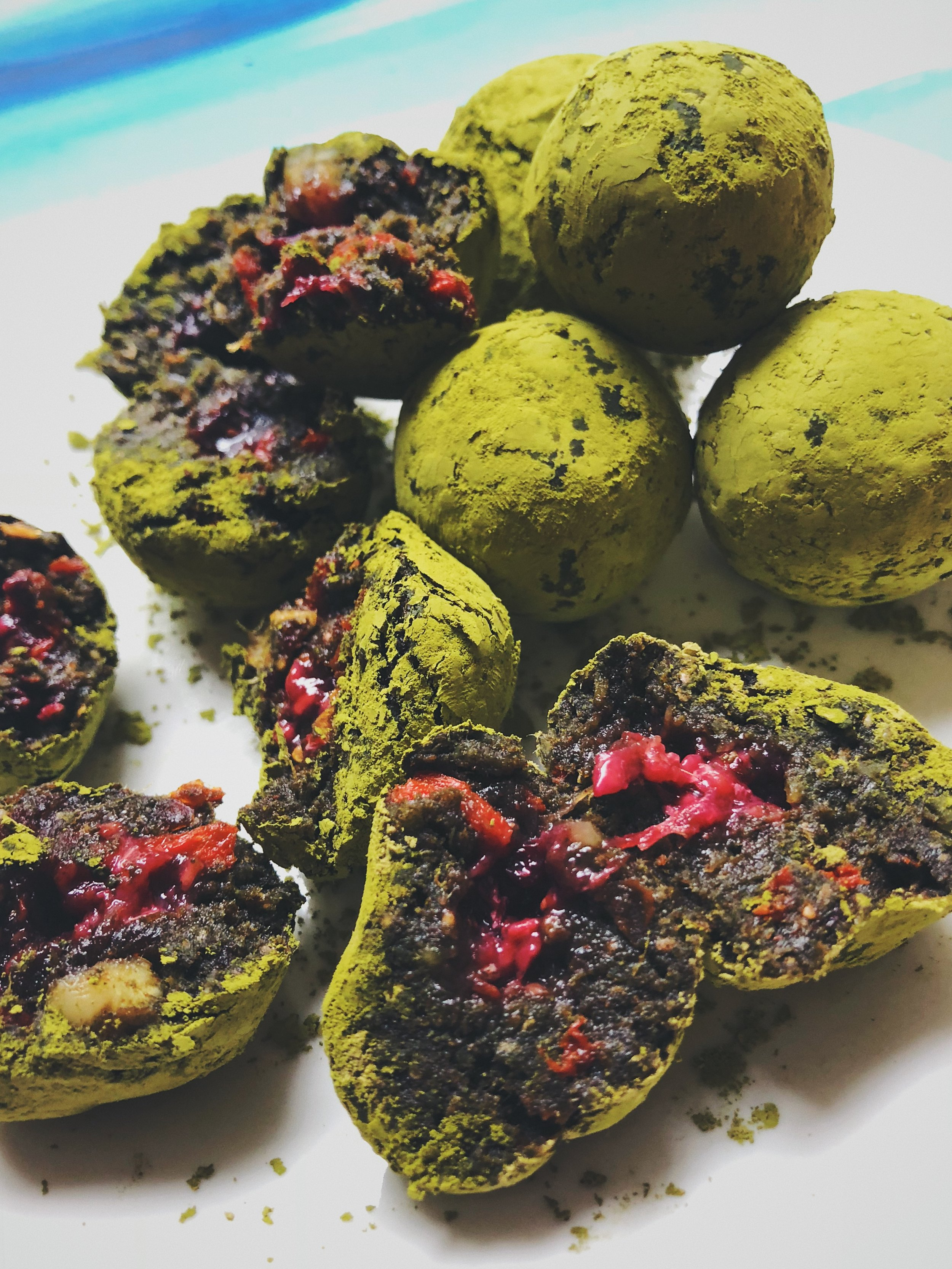 The raspberry jam filling balances so well with the intense grassy matcha.