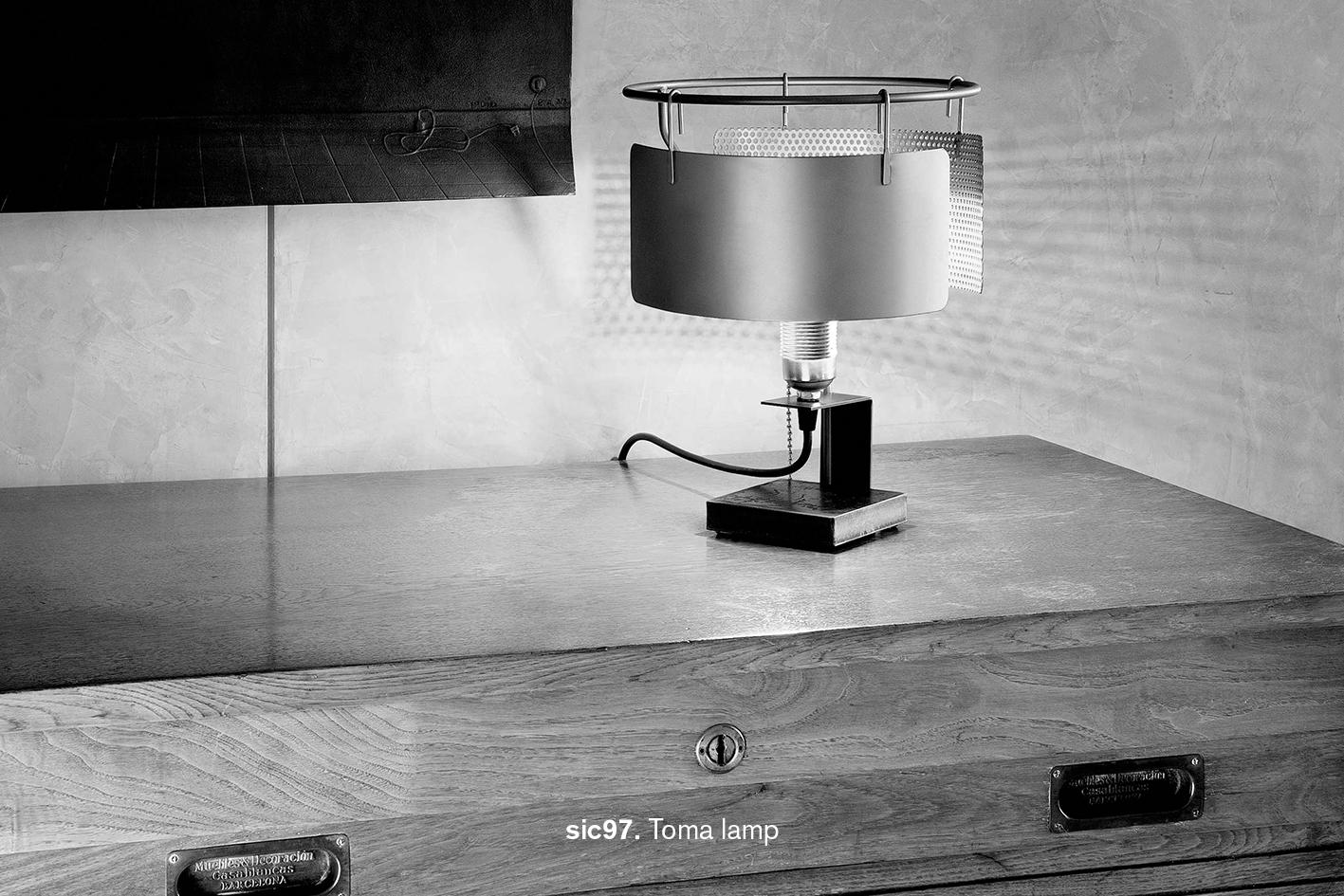 desigmed_sic97_Toma lamp text.jpg