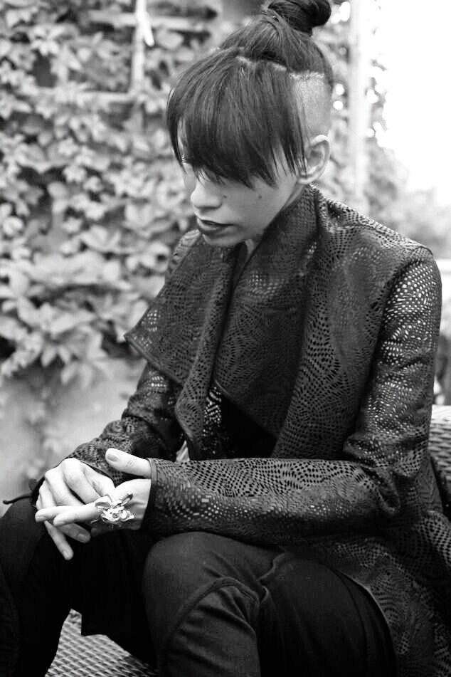 Lily_BlackDoily_1.jpg
