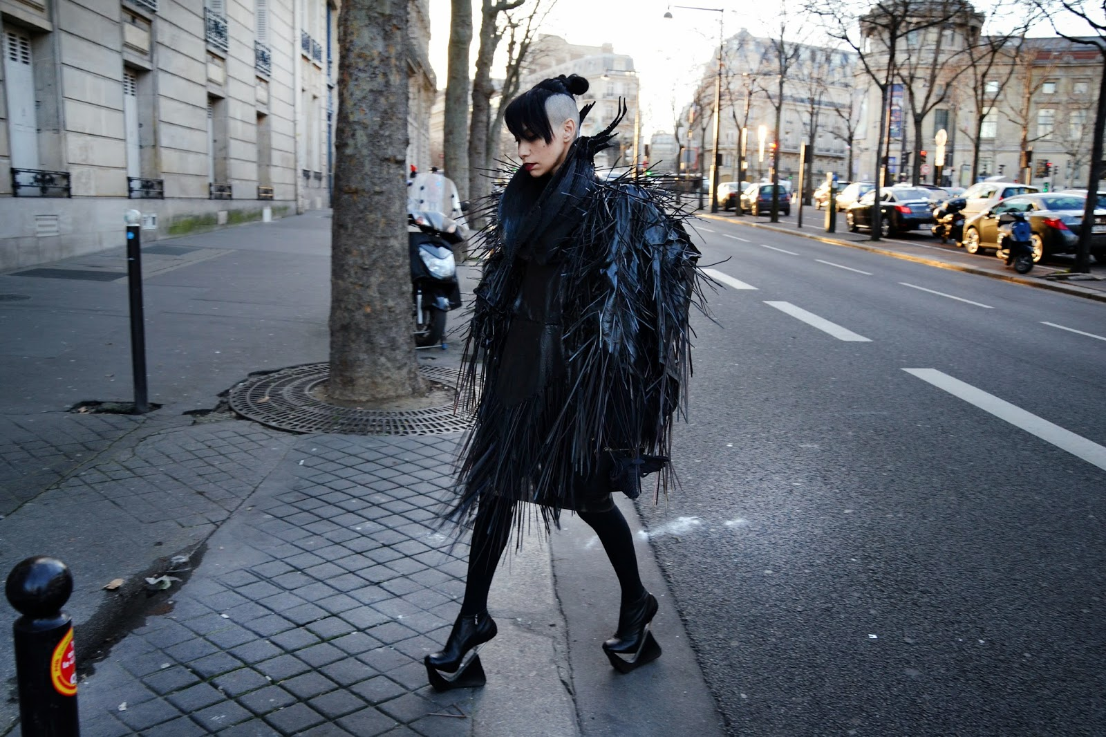 jorge-ayala-createur-fashion-lily-gatins (1).JPG