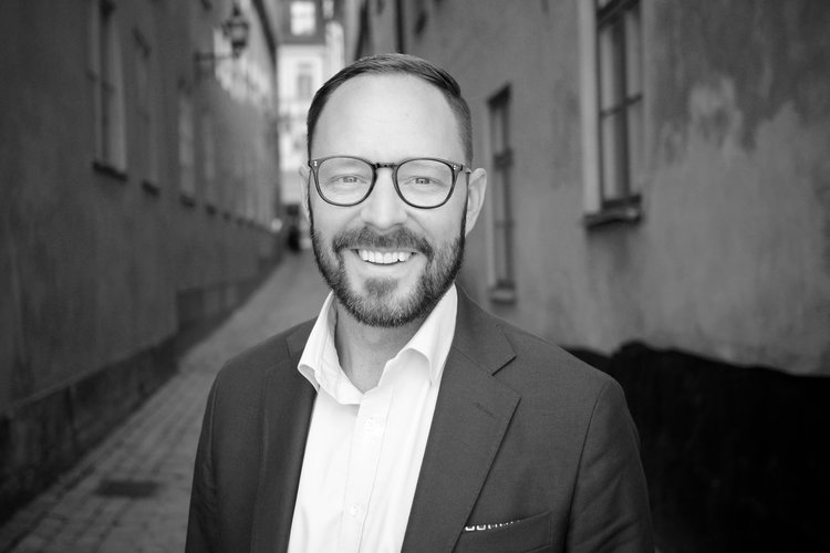 TOBIAS LÖFGREN   CEO & CO-FOUNDER PRACTICE LEAD ASSESSMENT SERVICES +46 707 999 209  tobias.lofgren@burroadvisors.com    GET TO KNOW TOBIAS