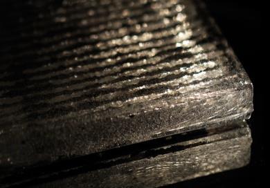 2Mirrored Glass Cast G002.jpg