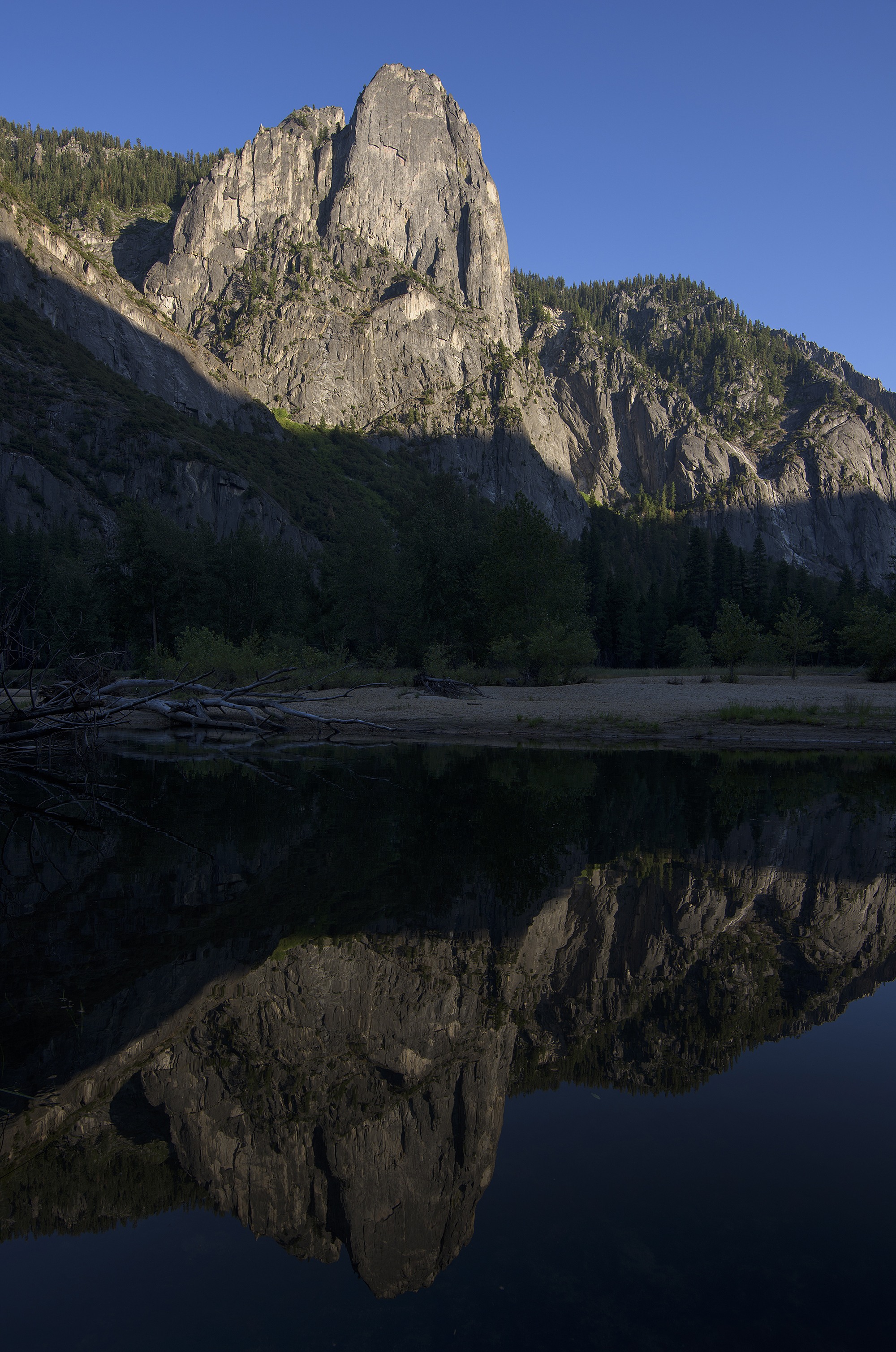Yosemite National Park © Robert Lowdon