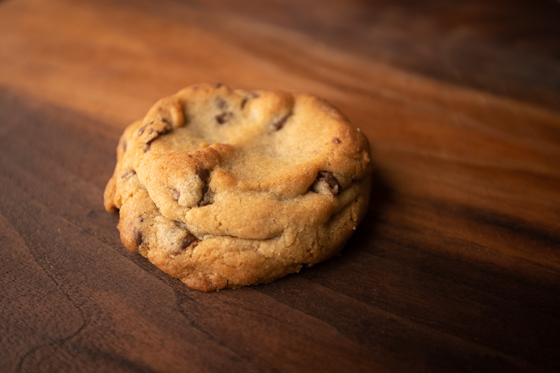 A single cookie emerges as a leader of the cookies. © Robert Lowdon