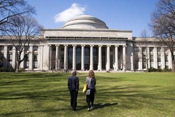 File photo. Massachusetts Institute of Technology. (bjaglin / Flickr)