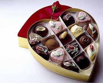 Nothing says Valentine's Day like a box of chocolates. (Heverton Woss / Flickr)