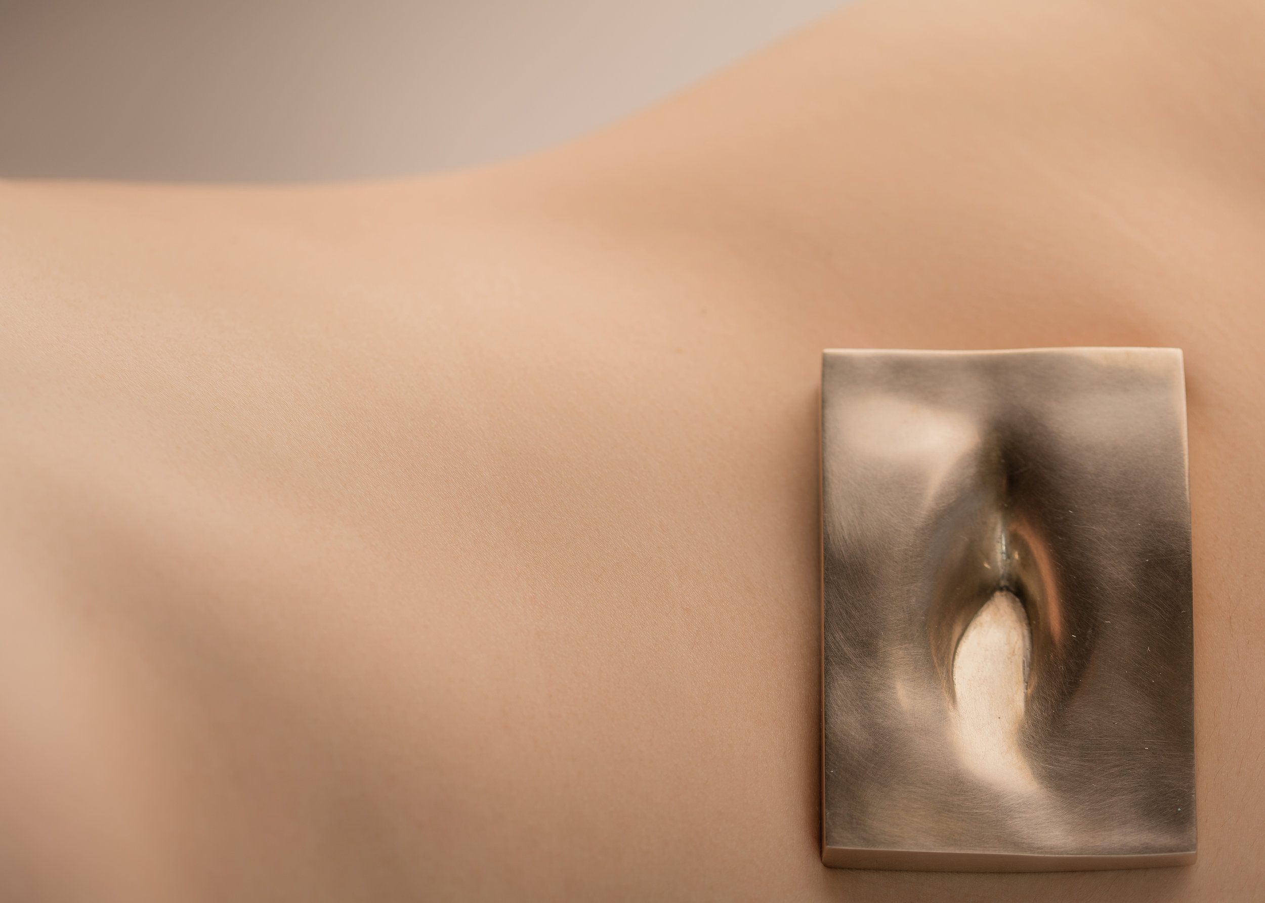 Leila Du Mond The Topographical Lens Basin contemporary art jewelry