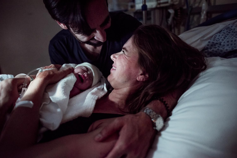 La délicate et discrète Anna a immortalisé la naissance de notre fils. Avec bienveillance et douceur, elle en a capté les moments les plus forts, les plus touchants. Un gros merci à Anna pour ses superbes photos et une expérience inoubliable. - — Julie