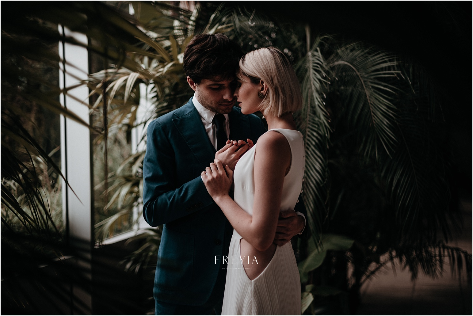 E + F inspiration vegetal tropical minimaliste espace nobuyoshi |  mariage reportage alternatif moody intime vintage naturel boho boheme |  PHOTOGRAPHE mariage PARIS france destination  | FREYIA photography-24.jpg