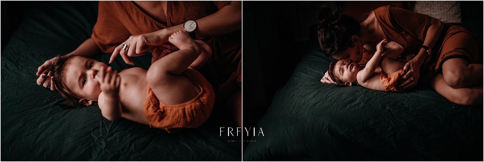 L + J session allaitement SÉANCE PHOTO bébé bebe    PHOTOGRAPHE bebe et grossesse PARIS    FREYIA photography   photographe   nouveau-né bébé maternité grossesse future maman femme enceinte naissance allaitement -67.jpg