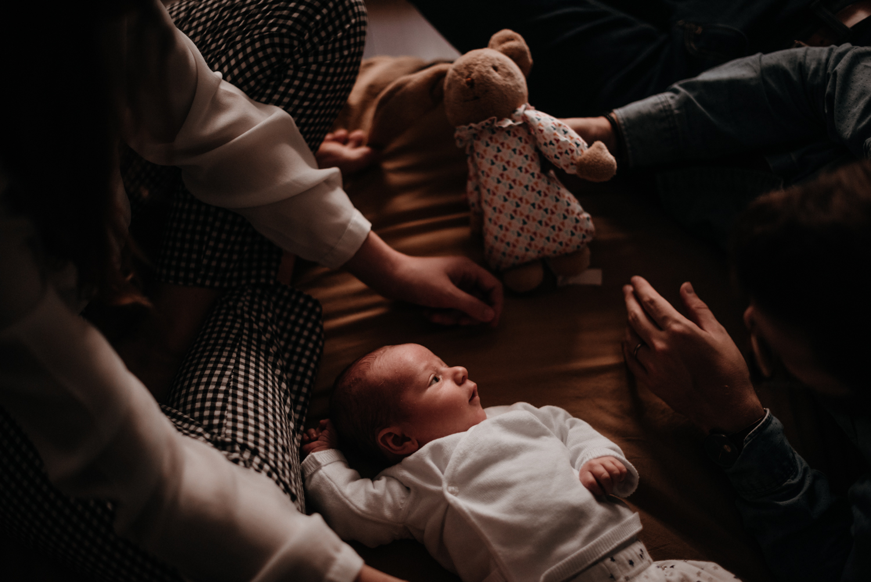 G + P + B session nouveau-né lifestyle SÉANCE PHOTO bébé bebe |  PHOTOGRAPHE bebe et grossesse PARIS  | FREYIA photography | photographe | nouveau-né bébé maternité grossesse future maman femme enceinte naissance allaitement_-12.jpg