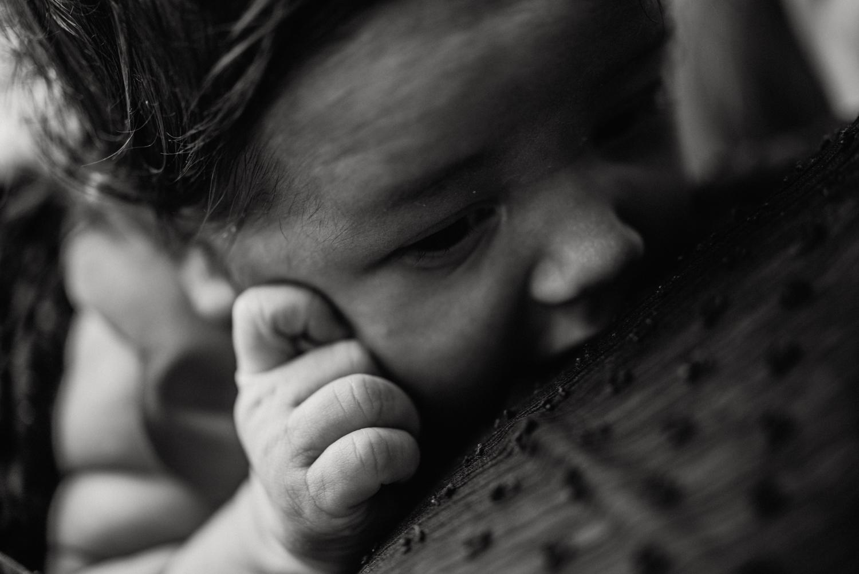 E + M + E session nouveau-né lifestyle SÉANCE PHOTO bébé bebe |  PHOTOGRAPHE bebe et grossesse PARIS  | FREYIA photography | photographe | nouveau-né bébé maternité grossesse future maman femme enceinte naissance allaitement_-6.jpg