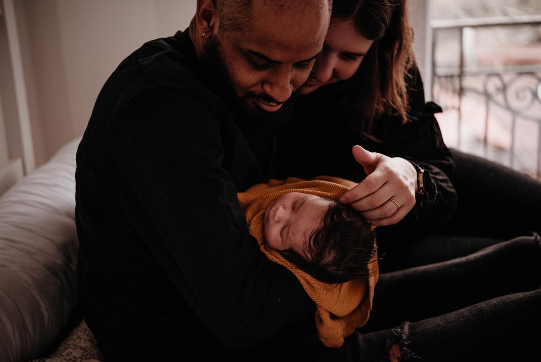 E + M + E session nouveau-né lifestyle SÉANCE PHOTO bébé bebe |  PHOTOGRAPHE bebe et grossesse PARIS  | FREYIA photography | photographe | nouveau-né bébé maternité grossesse future maman femme enceinte naissance allaitement_-30.jpg