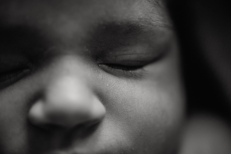 E + M + E session nouveau-né lifestyle SÉANCE PHOTO bébé bebe |  PHOTOGRAPHE bebe et grossesse PARIS  | FREYIA photography | photographe | nouveau-né bébé maternité grossesse future maman femme enceinte naissance allaitement_-71.jpg