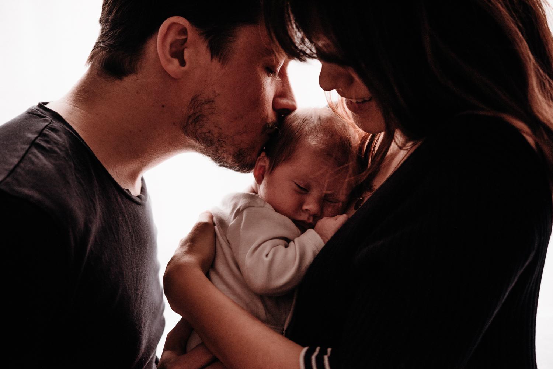 A + M + PY session nouveau-né lifestyle SÉANCE PHOTO bébé bebe |  PHOTOGRAPHE bebe et grossesse PARIS  | FREYIA photography | photographe | nouveau-né bébé maternité grossesse future maman femme enceinte naissance allaitement_-42.jpg