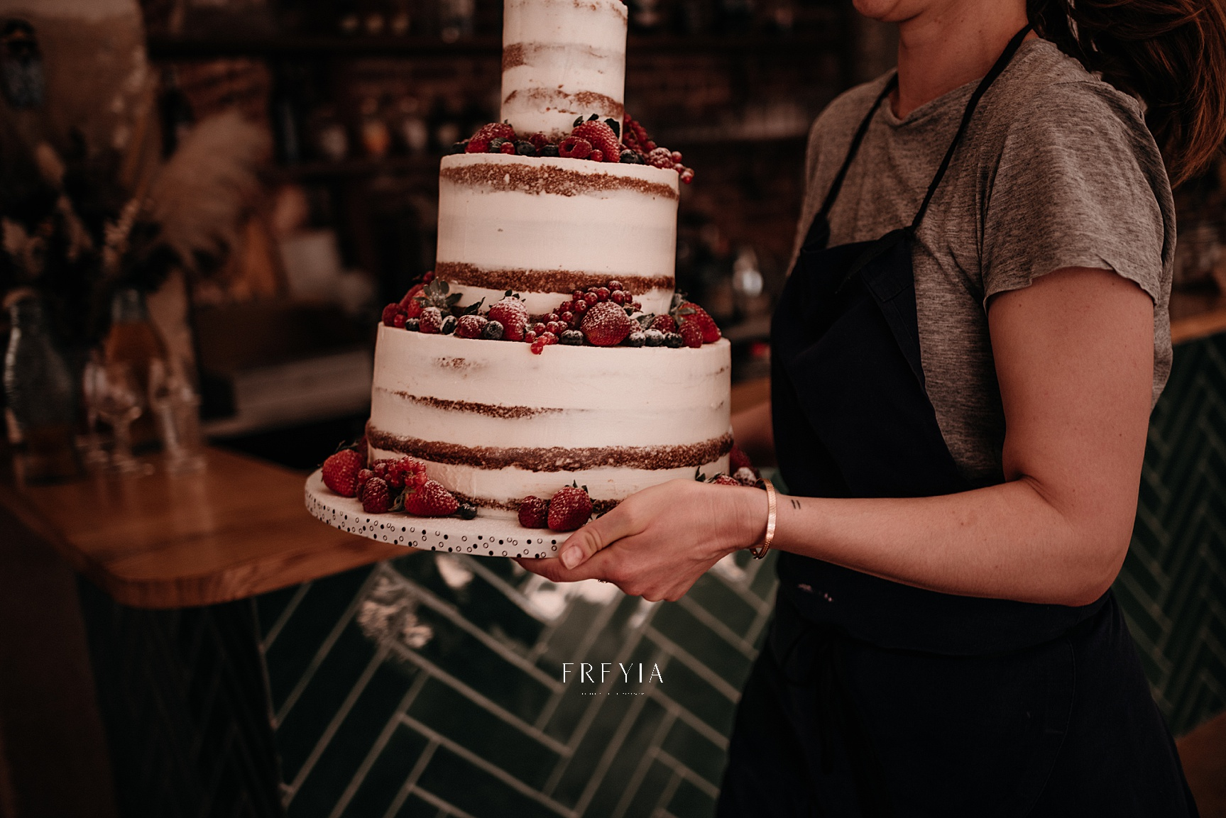 P + F |  mariage reportage alternatif moody intime vintage naturel boho boheme |  PHOTOGRAPHE mariage PARIS france destination  | FREYIA photography_-189.jpg