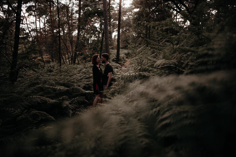 P + F |  séance couple engagement nature foret fontainebleau rochers mariage reportage alternatif moody intime vintage naturel boho boheme |  PHOTOGRAPHE mariage PARIS france destination  | FREYIA photography_-15.jpg