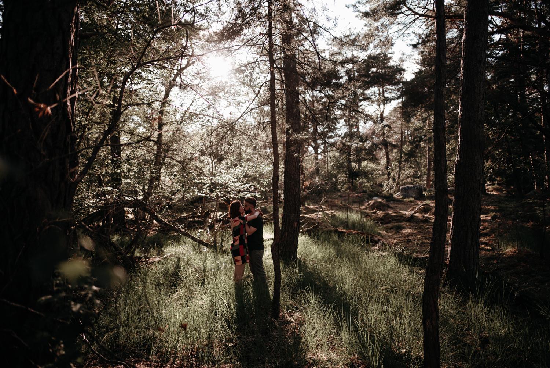 P + F |  séance couple engagement nature foret fontainebleau rochers mariage reportage alternatif moody intime vintage naturel boho boheme |  PHOTOGRAPHE mariage PARIS france destination  | FREYIA photography_-19.jpg