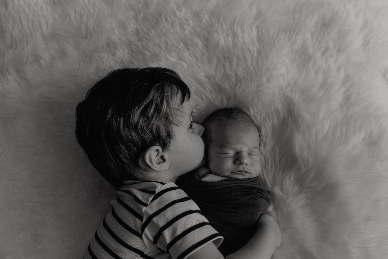 E + M + A + M session nouveau-né posé SÉANCE PHOTO bébé bebe    PHOTOGRAPHE bebe et grossesse PARIS    FREYIA photography   photographe   nouveau-né bébé maternité grossesse future maman femme enceinte naissance allaitement_-4.jpg