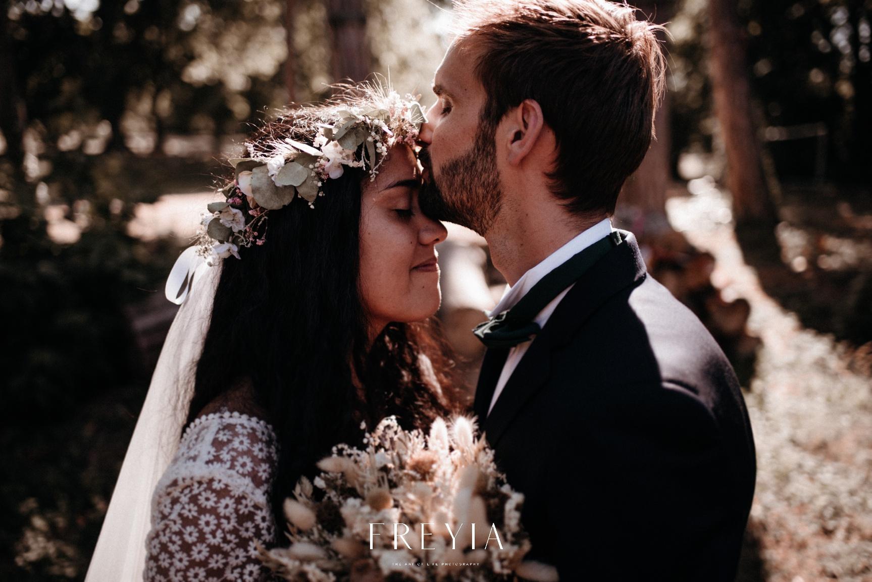 R + T |  mariage reportage alternatif moody intime minimaliste vintage naturel boho boheme |  PHOTOGRAPHE mariage PARIS france destination  | FREYIA photography_-220.jpg