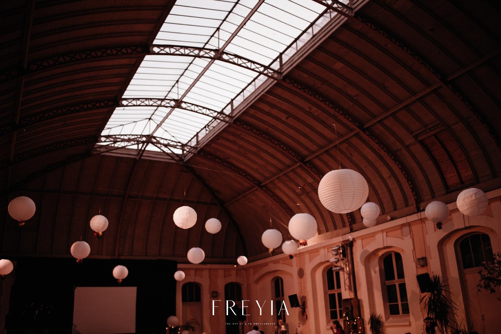 R + T |  mariage reportage alternatif moody intime minimaliste vintage naturel boho boheme |  PHOTOGRAPHE mariage PARIS france destination  | FREYIA photography_-354.jpg
